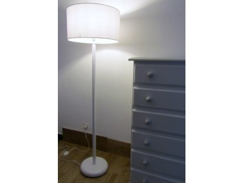 Lámpara de pie redonda 135 cm. Ref.3602