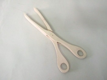 Gripper Wood Scissors