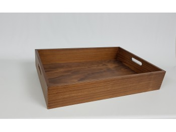 Varnished pine tray Ref.PT3C