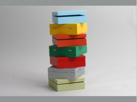 Cajas de madera colores 15x15x5,5 cm.