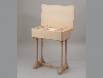 Sewing box legs and wavy lid REF.1826