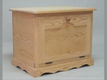 Baúl de madera con tapa frontal y balda REF.2301