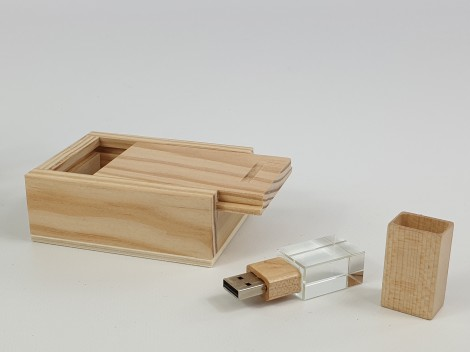 Pack PenDrive cristal + Caja Natural Ref.Pack1002CH5