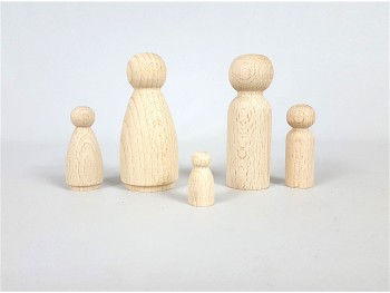 Wooden dolls to paint