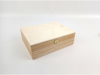 Wooden box 26.5x20.5x9 cm. with hinge and clasp Ref.P00CL2