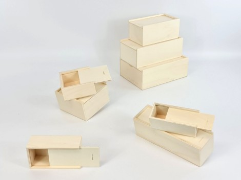 Boxes with sliding cover different sizes
