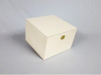 Square Box REF.P1987
