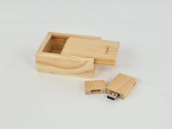 Wood PenDrive Pack + Natural Box P1002 Ref.Pack1002CH2