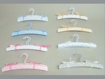 3 child hangers set REF.3011
