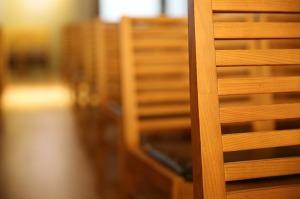 chair-364678_1280