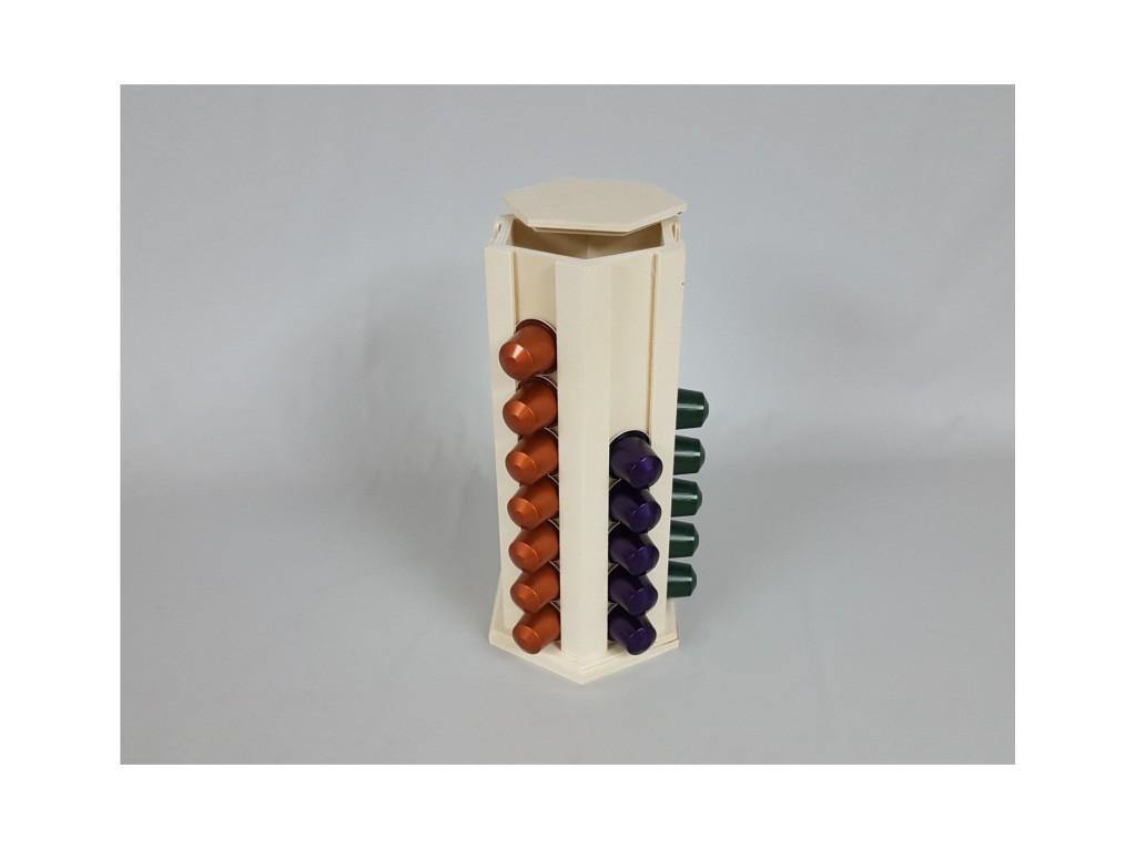 Torre de madera para capsulas de café