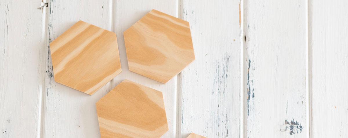Posa-vasos hexagonales de madera
