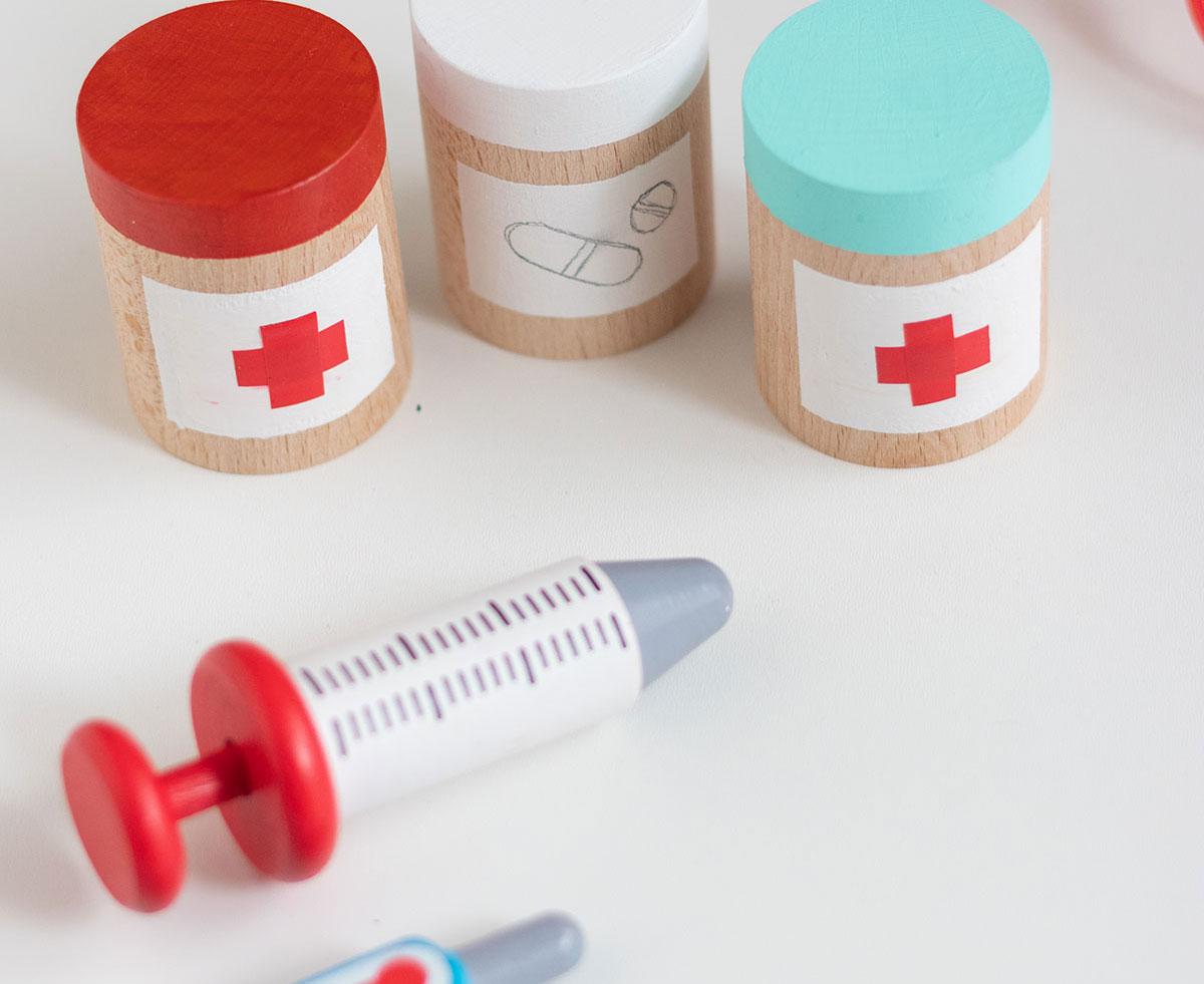 DIY juego simbólico tarros de medicinas de juguete