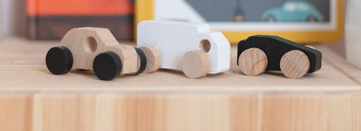 Juego de coches de madera personalizados