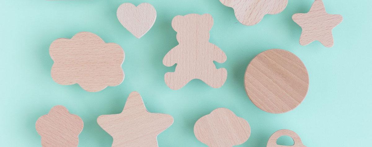 Tiradores de madera para muebles infantiles
