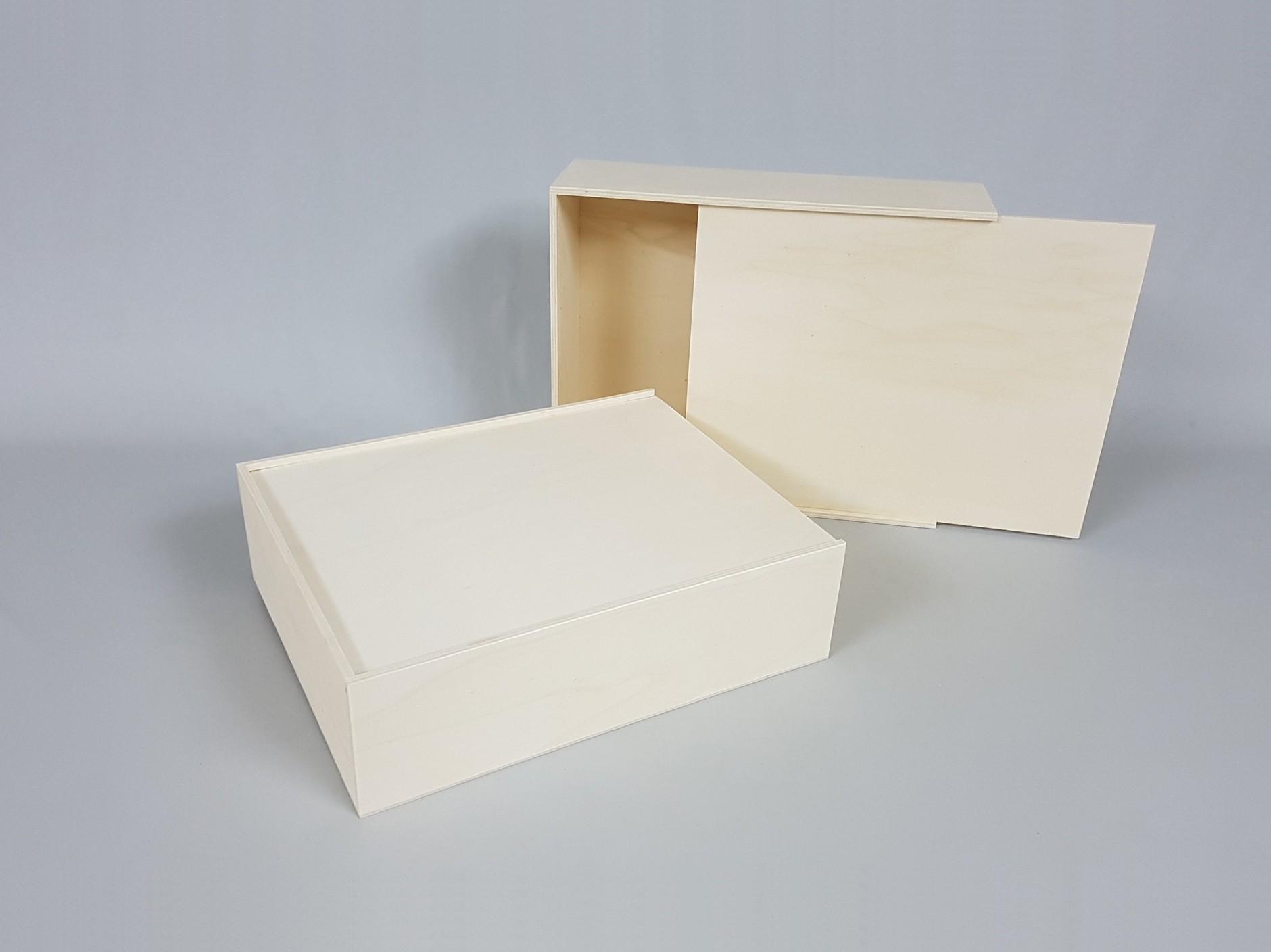 Wooden box 35x28x10 cm. with sliding lid Ref.P1454C8J